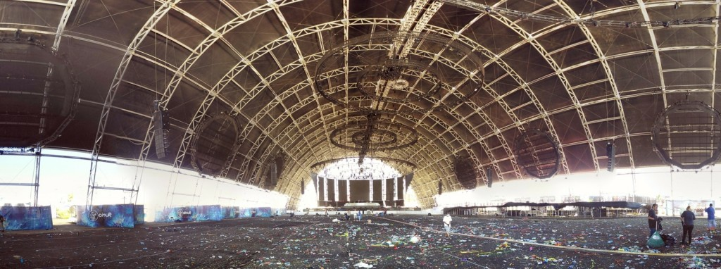 Abandoned_Festival_Grounds_2015_Matthieu_Thoer-39