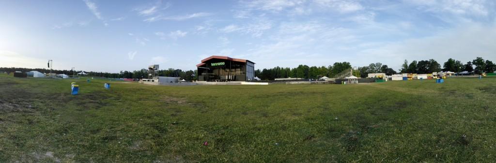 Abandoned_Festival_Grounds_2015_Matthieu_Thoer-35
